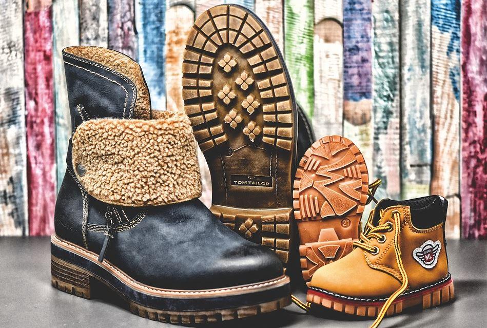 jak rozciągnąć buty skórzane